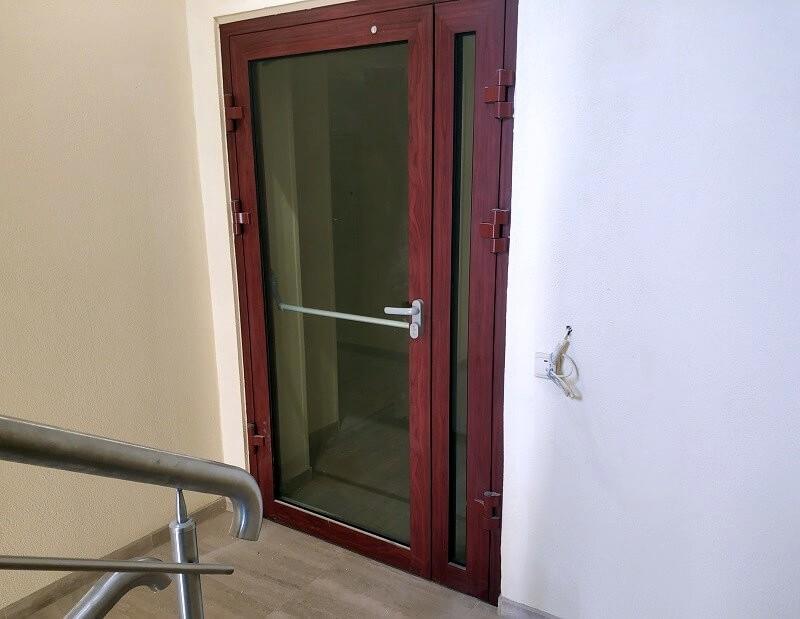 Противопожарные алюминиевые двери для строительства гостиницы