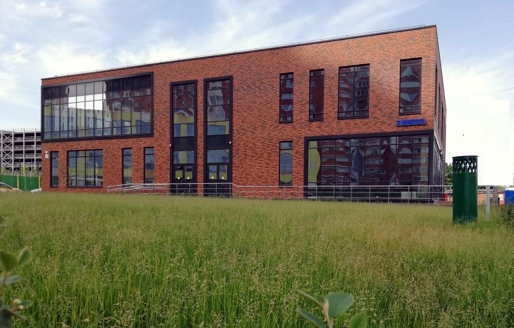 Комплексное остекление Бизнес-Центра витражными, оконными и противопожарными алюминиевыми конструкциями